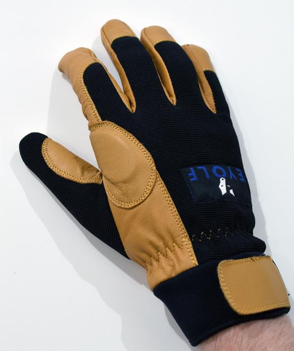 Tochieka Rappel Glove